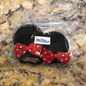 Minnie Mouse ear hair ties.